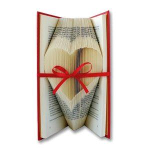 decoracion libro arte corazon